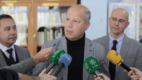 Los profesores de instituto de Andalucía rechazan el adelanto de los exámenes de septiembre