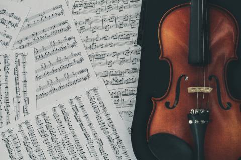 Catedráticos de Música y Artes Escénicas