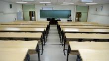 El Consejo Escolar aprueba que los alumnos avancen contenidos hasta mayo y descarta el aprobado general