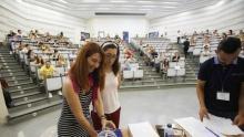 Ya hay fecha para las oposiciones de profesores de Secundaria, Idiomas, FP en Andalucía